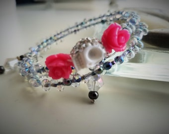 Beaded Memory Wire Bracelet With Roses and Skull