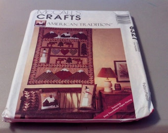 Vintage McCall's Crafts American Tradition Collection -Rustic Wall Hanging and Pillow Pattern