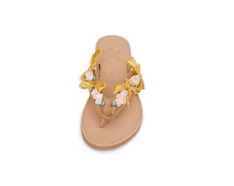 "Handmade leather sandal ""Hestia"" with beige sole"