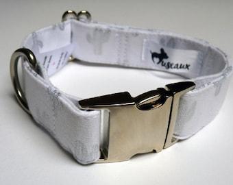 Dog - Cactus silver collar
