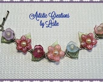 Lucite Flower Silver Bracelet
