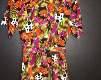 Funky Jumpsuit / Shipping Included/ Flower Plaid Design / Short Sleeves / Spring Summer Look