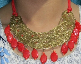 Red gold Necklace, coiled Necklace, resin necklace, statement necklace, Gold necklace,Bridesmaid necklace,beach jewelry,wedding necklace