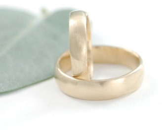Simplicity Wedding Rings - 14k Yellow Gold Wedding Band Set - 4mm and 6mm - made to order wedding rings in recycled metal