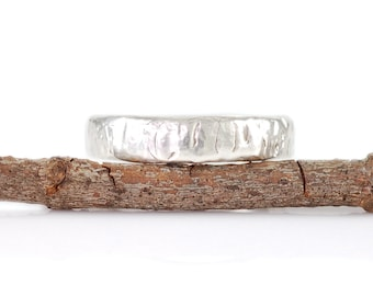 Yellow Birch Bark Ring in Palladium Sterling Silver - size 5 - Ready to Ship