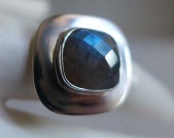 Blue Labradorite Ring, Square Rose Cut Faceted Labradorite Ring, Blue Gemstone Ring Size 7 Matte Silver Gemstone Ring