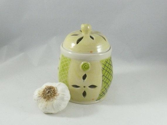 Ceramic Lidded Jar for storing garlic, Best Ceramic Garlic Keeper, Storage Jar, ceramic kitchen canister with lid, art vessel  G18