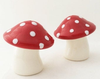 Ceramic Mushroom Salt and Pepper Shakers Large Red Cap White Spots Kitchen or Dining Table Decor Made in the USA by Texas Ceramics