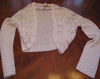 Vintage Ladies crocheted white shrug, long sleeve, size P, womans, bolero
