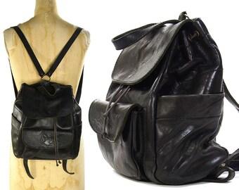 80s Black Leather Backpack / Vintage 1980s 90s Italian Leather Backpack / Custom Made / Drawstring & Flap Closure / Pockets / Boho Rocker