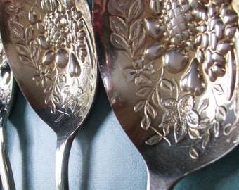 Large Serving Spoons Berries Vegetable Servers Vintage EPNS Sheffield England Silver Plated Embossed Fruit Pattern Crown Hallmark set of 2