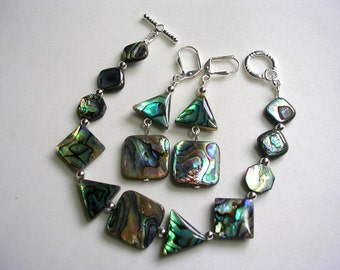 Paua Shell Abalone Bracelet and Earrings   Shimmery Greens and Blues Silver Toggle Clasp Leverback Earrings Mother of Pearl Set Seashore