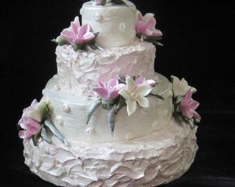 Handmade Wedding Cake Christmas Ornament Cold Porcelain Flowers