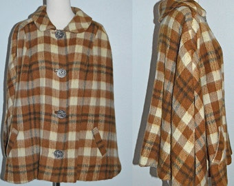 MAD FOR PLAID - vintage mod 1960s plaid cape coat with funky silver horse and chariot buttons - sm med lrg