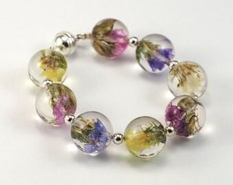 Real Flower Bangle, Resin Bangle, Sea Lavender Bangle, Resin Sphere Bangle, Natural Jewelry, Resin Jewelry