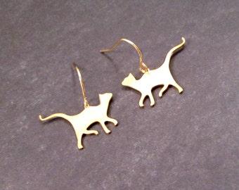CAT Earrings, Gold Kitties, Dangle Earrings, FREE Shipping, U.S.