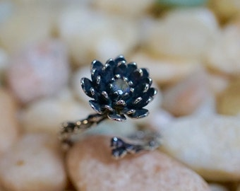 Beautiful sterling silver branch ring, lotus flower branch ring with labradorite stone