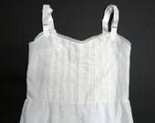 little girls white chemise . size 7