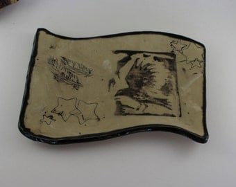 Crow with stars ceramic plate