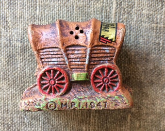 1947 Vintage Salt or Pepper Shakers -  Yellowstone Souvenir Covered Wagon