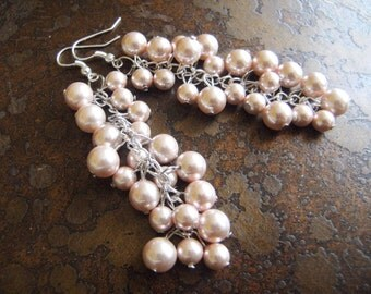 Sugar Plum Fairy Pearl Cluster Dangle earrings