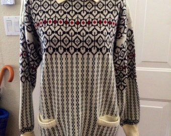 Vintage 1980's mervyns womens sweater. Size M