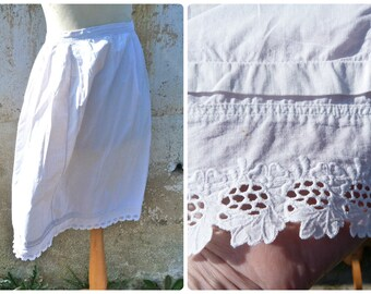 Vintage Antique Edwardian 1900/1920 French Handmade white cotton embroidered petticoat size S
