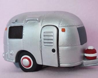 Camping Decor - RV Decor - Glamping Decor - Camper Trailer - Retro Camper -Christmas Gift - Happy Camper - RV Decor - Ready to ship gift