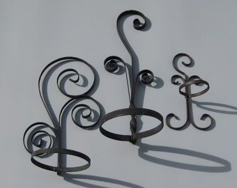 Scrolled Metal Flower Pot Holders Wall Hanging Planter Holder Vintage Garden Decor
