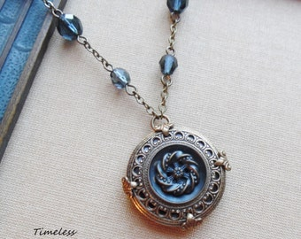 Copenhagen, Antique and Mother of Pearl Button Necklace
