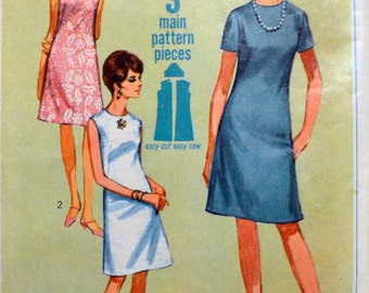 Vintage 1967 Sewing Pattern Simplicity 7072 Misses's Simple to Sew Jiffy Dress  Bust 31 inches Complete