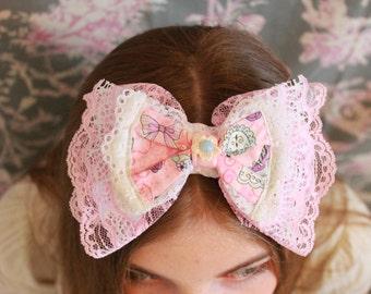 Sweet Lolita or Fairy Kei elegant princess pastel bow