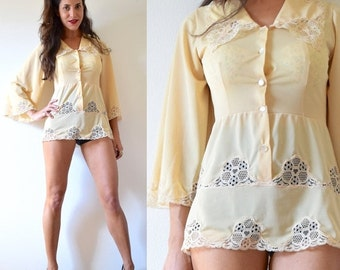 FALL SALE / 20% off Vintage 60s 70s Butter Yellow Lace Cut Out Bell Sleeve Tunic