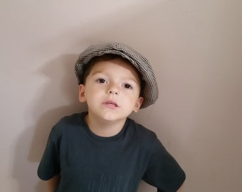 Boys houndstooth Newsboy hat(Brown and tan houndstooth)Infant, toddler or child sizes)