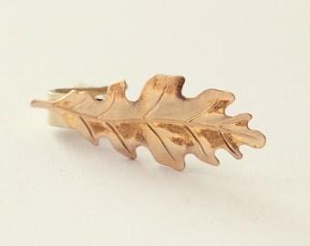 Men's leaf tie bar, GOLD or SILVER, groomsmen oak tie clip, woodland leaf, groom accessory, Holiday winter wedding, golden leaf, silver oak