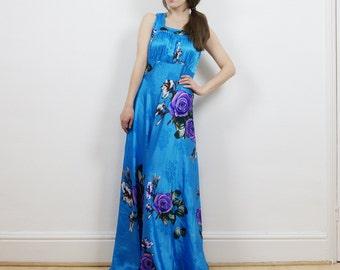 70s floral maxi dress, satin dress, slinky maxi dress, large floral print, wedding outfit, flowy dress, boho maxi dress, hippie dress