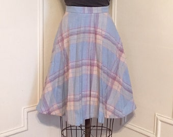pastel plaids, vintage 1970s pleated PREP SCHOOL skirt - sky blue, lilac, white + gray - size small