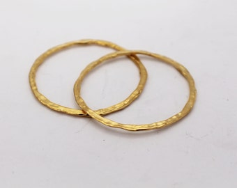 Large Links Round Gold Plate