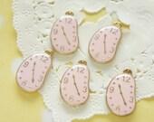 5 pcs Curving Watch Gold Charm (13mm19mm) Pink AZ202