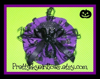 Happy Halloween Boutique Hair Bow Clip in Purple and Black with a Black Cat