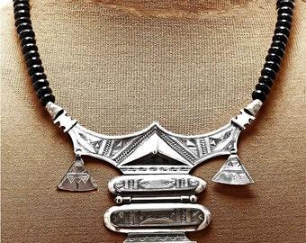 Splendid Tuareg Amulet - Artisan Signed