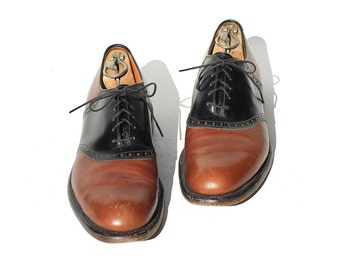 Size 10 Men's Two Tone Leather Oxford Shoes