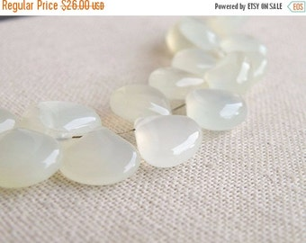 Clearance SALE Yellow Green Chalcedony Gemstone Briolette Smooth Heart Large 13.5 to 14.5mm 13 Beads