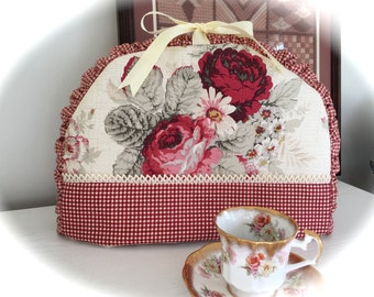 Shabby Chic Cottage Norfolk Rose Insulated Tea Cozy for your Pot of Tea