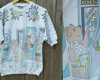 Vintage 80s Tee  // Vtg 1980s Made in the USA Pastel Print Bears Playing Video Games Super Soft Novelty Graphic Top