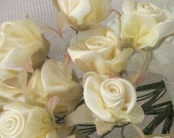 36 pc Yellow Wired Satin Organza Rose Flower Applique Bridal Wedding Bouquet