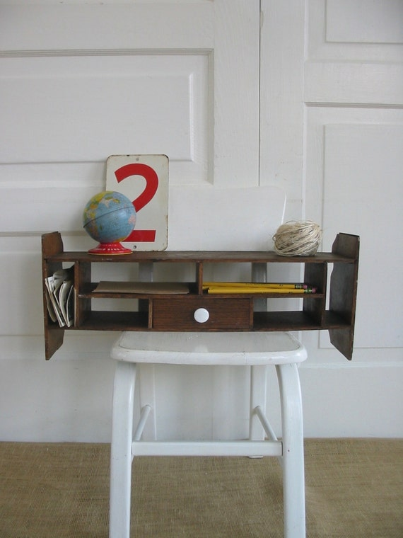 vintage wood shelf wood display desk top organizer wood. Black Bedroom Furniture Sets. Home Design Ideas