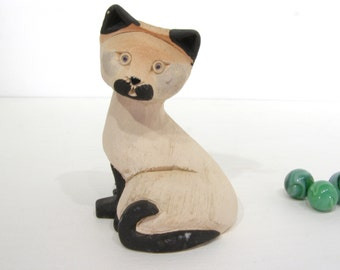 Siamese Cat, Artesania Rinconada Vintage Collectible Figure, stocking stuffer, handcarved, handpainted folk art, Uruguay