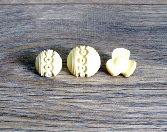 Vintage Celluloid Sewing Buttons - Art Deco