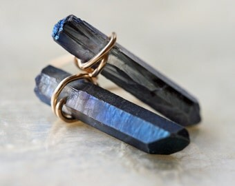 Crystal Earrings, Stud Earrings, Blue Earrings, Tiny Earrings, Blue Crystal Earrings, Crystal Point, Crystal Point Earrings